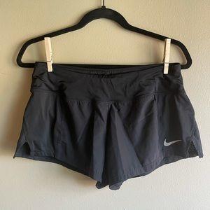 Nike Women's Black Dri-fit Shorts Medium